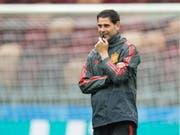 Neo-Coach Fernando Hierro steht mit Spanien gegen Gastgeber Russland unter Beobachtung vieler Kritiker (Bild: KEYSTONE/EPA/PETER POWELL)