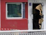 Rédoine Faïd hatte bereits im April 2013 mit einer spektakulären Flucht aus einem Gefängnis in Nordfrankreich von sich reden gemacht. (Bild: KEYSTONE/EPA/P.PAUCHET/VOIX DU NORD)