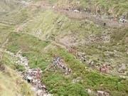 Der Unfall ereignete sich im Bezirk Pauri Gaehwal in dem gebirgigen Bundesstaat Uttarakhand. (Bild: KEYSTONE/AP KK Production)