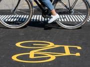 Mit dem Velo zur Arbeit: 2018 beteiligten sich eine Rekordzahl von Arbeitnehmenden an der Aktion «bike to work». (Bild: KEYSTONE/ALEXANDRA WEY)