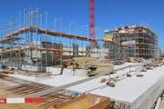 Es wird nach wie vor viel gebaut in der Region Wil. Die Bevölkerungszunahme ist auf 0,4 Prozent gesunken, die Zahl leerstehender Wohnungen ist gestiegen. (Bild: Hans Suter)