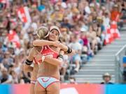 Schweizer Beach-Duo mit Ambitionen: Vor einem Jahr verpassten Joana Heidrich/Anouk Vergé-Dépré das Podest am Heimturnier in Gstaad als Vierte nur knapp (Bild: KEYSTONE/ANTHONY ANEX)