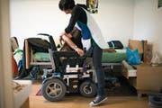 Ambulante Pflege zu Hause: Heute kümmern sich in St.Gallen vier Spitex-Vereine um betagte Patienten. (Bild: Gaetan Bally/Keystone)