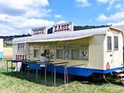 Zurzeit gastiert der Circus Royal in Affoltern am Albis. Obwohl die Betriebs AG Konkurs angemeldet hat, gehen die Vorstellungen weiter. (Bild: KEYSTONE/WALTER BIERI)