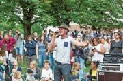 Franz Arnold vermag das Publikum auch bei einer Probe in seinen Bann zu ziehen. (Bild: André A. Niederberger, Oberdorf, 10. Juli 2018)