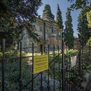 Aussenansicht der Villa an der Obergrundstrasse 99 in Luzern. Bild: (Pius Amrein, 4. Juli 2017)