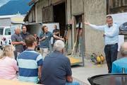 René Chappuis, Geschäftsleiter der CAS Gruppe, informierte Nachbarn und Landeigentümer über das Projekt Reussacher in Altdorf. (Bild: PD)