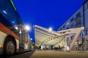 Die Calatrava-Wartehalle auf dem Bohl: Wird sie wieder zum Stolperstein für eine Marktplatz-Vorlage? (Bild: Hanspeter Schiess - 14. April 2015)