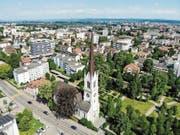 Nicht alle Nachbarn haben Freude, wenn die Glocken der Stadtkirche schlagen. (Bild: Reto Martin)