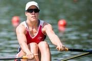 Ruder-Weltmeisterin Jeannine Gmelin an den Schweizermeisterschaften vom letzten Wochenende. Jetzt geht sie aufs Ganze und will am Rotsee den Weltcup erobern (Bild: Keystone/Alexandra Wey)
