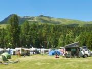 Die Schweizer Campingplätze haben 2017 so viele Übernachtungen wie noch nie verzeichnet. Im Bild der TCS-Campingplatz in St.Moritz. (Bild: KEYSTONE/PPR/TCS CAMPING)