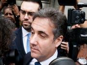 Novartis steht in den USA erneut wegen Beraterverträgen mit dem Trump-Anwalt Michael Cohen unter Beschuss - im Bild Cohen nach einer Anhörung am US-Bundesgericht im Mai. (Bild: KEYSTONE/EPA/JUSTIN LANE)