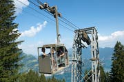 Die Seilbahn ist seit 1995 die einzige Verbindung von der Buggialp ins Tal. (Bild: Christof Hirtler (Sisikon, 21. Juni 2018))