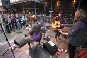 Die Basler Gruppe «Serafyn» spielte letztes Jahr am Hofair mit Celli und Gitarren auf. (Bild: Edi Ettlin (Dallenwil, 9. September 2017))