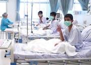 Die geretteten Buben dürfen das Spital wohl am Donnerstag verlassen. Bild: EPA/Werbeabteilung der thailändischen Regierung (Chiang Rai, 11.Juli 2018)