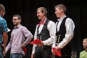 Absolventen in ihrer traditionellen Zimmermannstracht. (Bild: Manuela Jans-Koch (Schenkon, 5.Juli 2018))