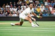 Starker Auftritt auf dem Rasen von Wimbledon: der Serbe Novak Djokovic. Bild: Clive Mason/Getty (London, 13. Juli 2018)