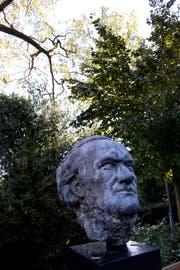 Wagner-Büste beim Eingang zum Museum (Bild: Nadia Schärli)