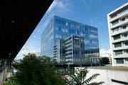 Gebäude der Zuger Kantonalbank (Bild: Maria Schmid (Zug, 25. Juni 2018))