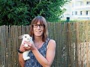 Der Hase, der in Goldach gefunden wurde, hat bei Daniela Capiaghi vom Tierschutzverein ein Plätzchen gefunden. (Bild: Bilder: Perrine Woodtli)