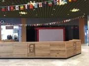 Nur das Logo ist noch da: Der geschlossene Coffee-Fellows-Shop in der Mall of Switzerland (Bild: hor)