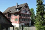 """In Nussbaumen steht """"ein prachtvolles Fachwerkhaus des späten 18. Jahrhunderts"""". So rühmt es die Denkmalpflege."""