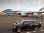 US-Präsident Donald Trump will einem neuen amerikanischen Präsidentenflugzeug einen anderen Anstrich geben. (Bild: KEYSTONE/EPA/ROBERT PERRY)