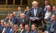 Der ehemalige Aussenminister Boris Johnson während seiner Rede im britischen Unterhaus. (Bild: AFP (London, 18. Juli 2018))