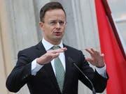 Ungarn scheidet aus dem Uno-Vertrag zur weltweiten Migration aus. Das gab Aussenminister Peter Szijjarto bekannt. (Bild: KEYSTONE/EPA/HAYOUNG JEON)