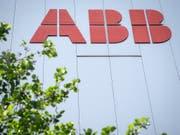Der Industriekonzern ABB kann seine Marge im ersten Halbjahr leicht steigern. (Bild: KEYSTONE/MELANIE DUCHENE)