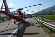 Die Unfallstelle auf der Autobahn A4 bei Steinen. (Bild: Kantonspolizei Schwyz)