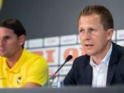 Die sportliche Führung der Young Boys: Sportchef Christoph Spycher (rechts) und Trainer Gerardo Seoane (Bild: KEYSTONE/PATRICK HUERLIMANN)