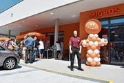 Eröffnungsfest der Migros Bütschwil lockte viele Kunden an (Bild: Anina Rütsche)