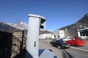 Die Urner Kantonspolizei wendet für Geschwindigkeitskontrollen unterschiedliche Messsysteme an. (Bild: Urs Hanhart, Altdorf, 14. März 2013)