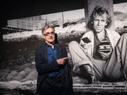 Wim Wenders - hier in seiner Fotoausstellung «Sofort Bilder» in Berlin - erhält am 6. Oktober im Rahmen des Zurich Film Festivals den A Tribute to... Award. (Bild: Keystone/EPA/OMER MESSINGER)