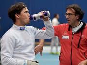 Max Heinzer (links) und Nationaltrainer Didier Ollagnon müssen an den WM im chinesischen Wuxi ihre ausreichende Flüssigkeitszufuhr achten (Bild: KEYSTONE/LUKAS LEHMANN)