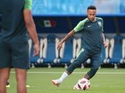 Brasilien mit Neymar messen sich an Mexiko (Bild: KEYSTONE/EPA/WALLACE WOON)