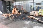 Die Feuerwehr konnte die Brände rasch löschen. (Bild: Kantonspolizei St.Gallen)