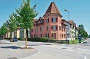 Denkmalgeschützt, aber am Verlottern: Jetzt soll die Heinehof-Siedlung saniert und die Wohnfläche erweitert werden. (Bild: Max Eichenberger)