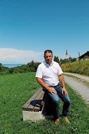 Norbert Rüttimann ist gerne in seinem Dorf unterwegs. (Bild: Martin Rechsteiner)