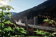 Bei der 526 Meter langen und 77 Meter hohen Sunnibergbrücke in Klosters aus dem Jahr 1998 war Christian Menn am Entwurf beteiligt. (Bild: Arno Balzarini/Key (Klosters, 29. Oktober 2005))