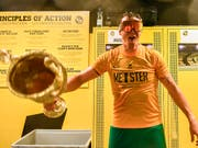 Die grosse Frage vor Beginn der Super-League-Saison: Können die Young Boys (hier der feiernde Goalie Marco Wölfli) den Titel verteidigen? (Bild: KEYSTONE/PETER SCHNEIDER)