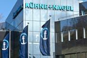 Der Hauptsitz des Logistikunternehmens Kühne + Nagel in Schindellegi. (Martin Ruetschi/Keystone)