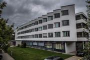 Die psychiatrische Klinik beim Luzerner Kantonsspital. (Bild: Boris Bürgisser, 16. September 2016)