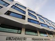 Universitätsgebäude in Luzern: Der Professor der Theologischen Fakultät muss seinen Posten räumen. (Bild: KEYSTONE/URS FLUEELER)