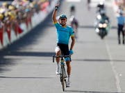 Der Spanier Omar Fraile gewinnt die 14. Etappe der Tour de France solo (Bild: KEYSTONE/EPA/SEBASTIEN NOGIER)