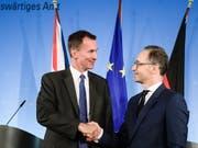 Wollen keinen ungeregelten Brexit: Der britische Aussenminister Jeremy Hunt (links) und sein deutscher Amtskollege Heiko Maas. (Bild: KEYSTONE/EPA/CLEMENS BILAN)