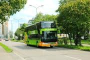 Vier mal pro Woche fahren die grünen Flixbusse neu von Zug aus in die bayerische Landeshauptstadt München.(Bild: PD)
