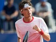 Marc-Andrea Hüsler feiert im ersten Spiel auf der ATP-Tour gleich den ersten Sieg (Bild: KEYSTONE/PETER SCHNEIDER)