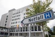 Das Urner Kantonsspital soll in den kommenden Jahren für rund 115 Millionen Franken umgebaut und erweitert werden. (Bild: Keystone/Urs Flüeler, Altdorf, 17. September 2017)